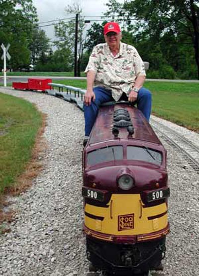 Neil Zurcher on mini-train